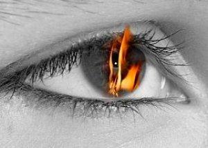 dega po akių riebalais